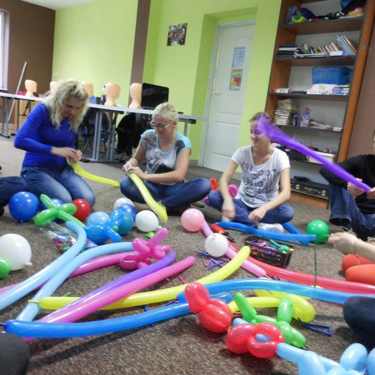 Malowanie buziek i modelowanie balonów
